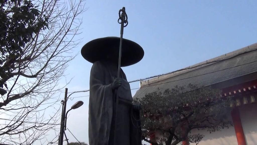 東寺の縁日「初弘法」編05   弘法大師像さんいらっしゃいました