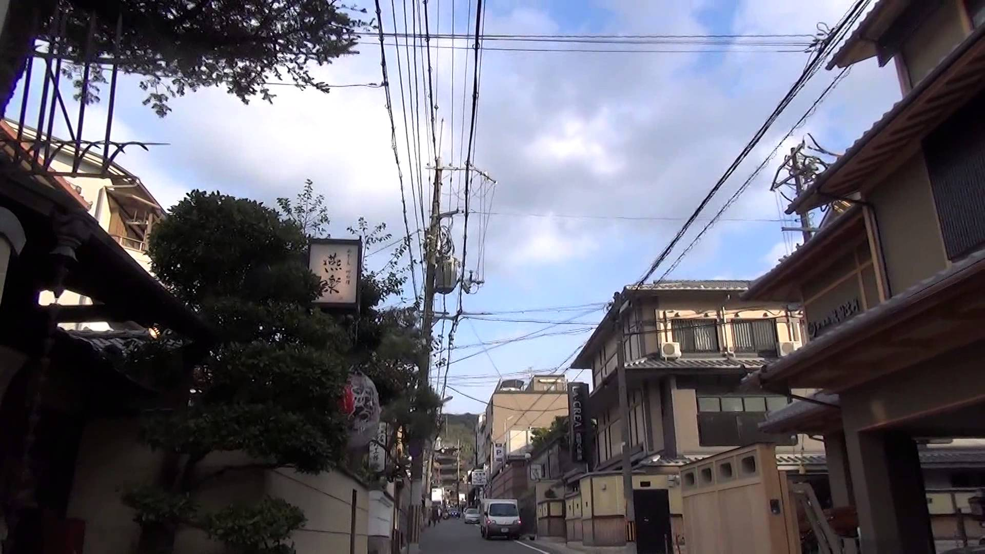 八坂の塔(法観寺)編1 建仁寺の周りをさまよっていると巨大な塔を発見