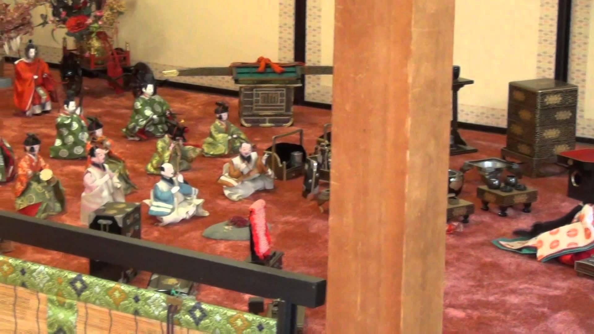 市比賣神社(いちひめ 神社)のひいなまつりで飾ってあった色鮮やかな雛人形の数々