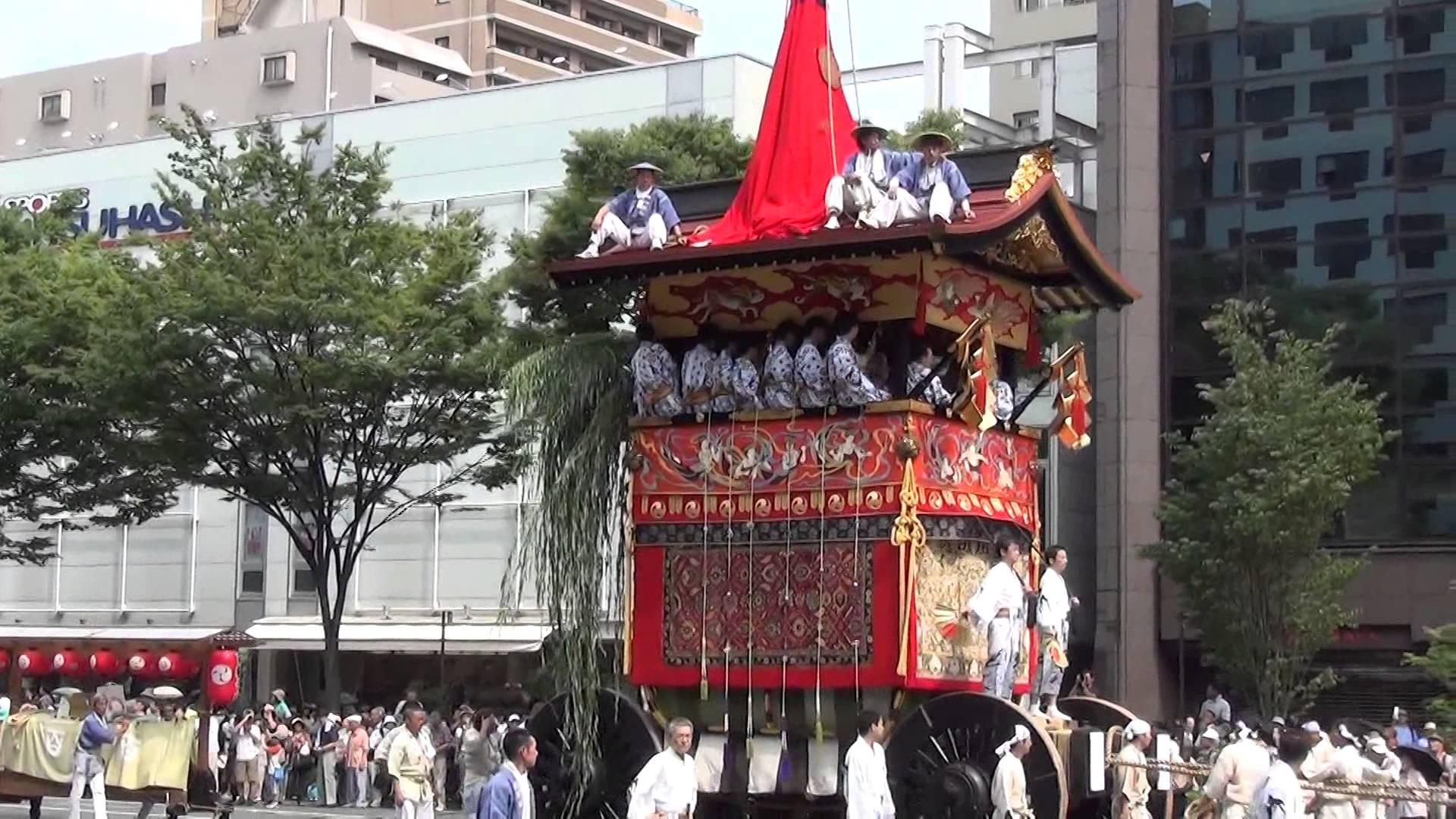 祇園祭で49年ぶりに復活した「後祭」の山鉾巡行をゆっくり見物